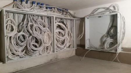 wykonczenia budowlane i instalacje elektryczne 53